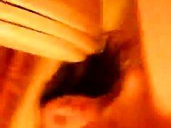 Возбужденная девушка раздевается и мастурбирует пальчиком