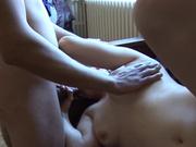 Жесткий любительский секс втроем из Франции