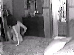 Зрелый мужчина заказал проститутку, предварительно установив скрытую камеру