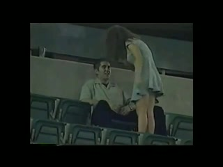 Секс на стадионе видео