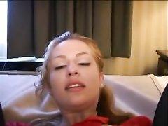 Американская жена заснята с негром в номере отеля
