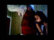 Негр получает минет от своем белой девушки