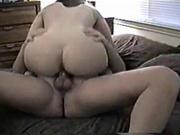 Громкая женщина