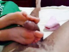 Футджоб от любимой в розовых носках