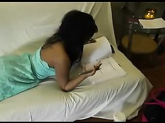 Американский студент снимает свой секс с чернокожей красоткой