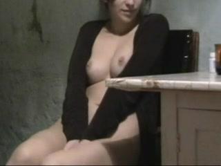 Двое жены видео соблазняют сантехников про голых