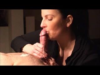Муж подглядывает за женой порно