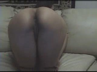 Латинская пышка сосёт член любовника и встаёт на карачки для жёсткого секса