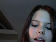 Молодая пара любовников перед вебкамерой онлайн дрочит член и мокрую киску
