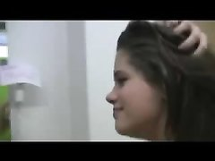 Жаркое видео с любительским минетом от шаловливой и приветливой красотки