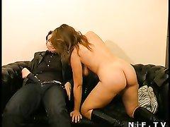 На свидании зрелая француженка предложила домашний анальный секс и фистинг
