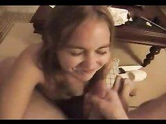 Горячая нарезка видео с домашними и любительскими окончаниями на лица девушек