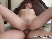 Ловелас начинает анальный секс с любовницей с римминг и вылизывает её попку