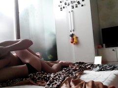 Корейская жена утром пожелала домашнего секса с отдохнувшим супругом