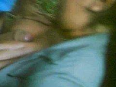 Грудастая аргентинка в любительском видео позволила парню кончить на большие сиськи