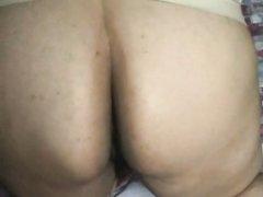 Латинская зрелая толстуха в домашнем видео сосёт и трахается в волосатую киску