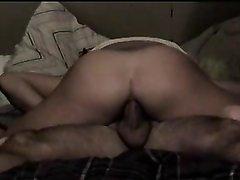 Зрелая парижанка с большой попой любительница анального секса верхом