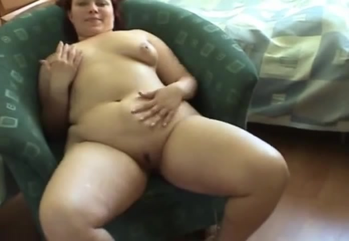 Молодая толстуха порно