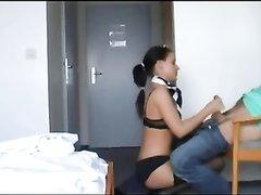 Немецкая модель в чулках перед любительским сексом мастурбирует член