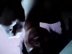 Индийская смуглянка в видео от первого лица балует партнёра любительским минетом