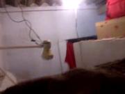 Подглядывание через скрытую камеру за голой девушкой в домашнем видео