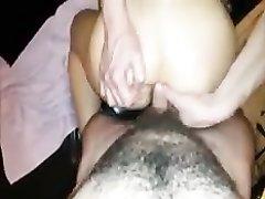 Любительница группового анального секса изменяет мужу с его конкурентами