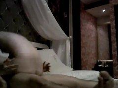 Корейская любовница в азиатском видео трахается утром с мужем подруги