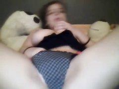 Студентка с большими сиськами для любительской мастурбации купила секс игрушку
