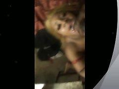 Чёрная фея в интимном видео радует негра с огромным членом любительским минетом