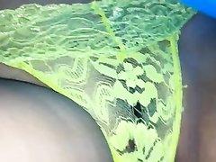 Любительское видео с подглядыванием под юбку красивой девушки в прозрачных трусиках