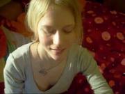 Волшебный минет в любительском видео от первого лица сделан молодой блондинкой