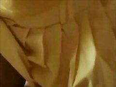 Фигуристая зрелая брюнетка с большими сиськами в домашнем видео от первого лица