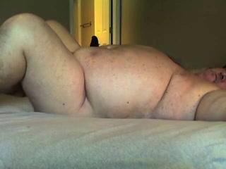 Домашний секс со зрелым толстяком для пышной леди завершается сквитингом