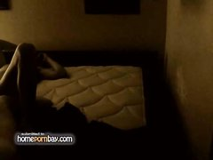 Скрытая камера в спальне снимает домашний секс с фигуристой русской блондинкой