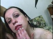 Итальянская зрелая леди в чулках обожает домашний секс с куни и минетом
