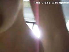Грудастая азиатка в чулочках в любительском видео с белым поклонником