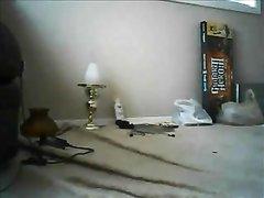 Зрелая толстуха в домашнем видео перед скрытой камерой изменяет супругу