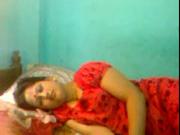 Скрытая камера утром записывает любительский секс с индийской смуглянкой