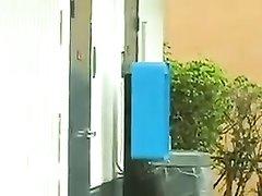 Латинская шлюха в любительском видео от первого лица сосёт член для буккакэ