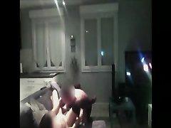 Страстный домашний секс с аппетитной француженкой снимает скрытая камера