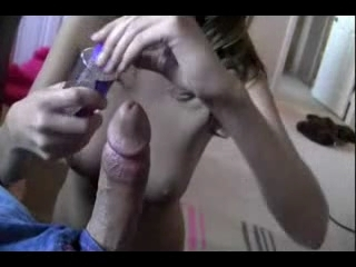Фигуристая блондинка для видео от первого лица сделала любительскую мастурбацию