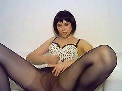 Красивые девушки в колготках позируют любительское видео — 9