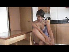 Фигурная зрелая негритянка для видео устроила любительскую мастурбацию