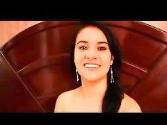 Грудастая латинская шлюха в любительском видео с буккакэ жёстко трахнута