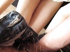 Грудастая немка в любительском видео от первого лица дрочит волосатую киску