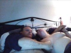 За домашним сексом толстой зрелой пары подглядывают с близкого расстояния