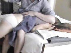 Муж перед домашним сексом нежно отшлёпал жену по сладкой попке и вставил
