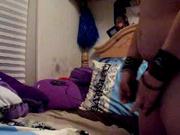 Зрелая толстуха на видео со скрытой камеры занята любительской мастурбацией
