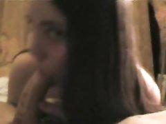 Молодая шлюха дрочит член в домашнем видео от первого лица и отсасывает