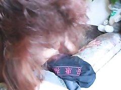 Рыжая зрелая красотка жаждет любительского секса с молодым ловеласом